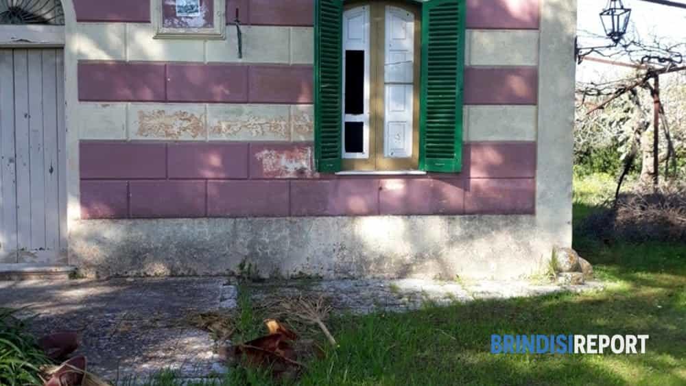 Ufficio Di Collocamento Francavilla Fontana : Francavilla spari al vicino arrestato il padre del feritore la