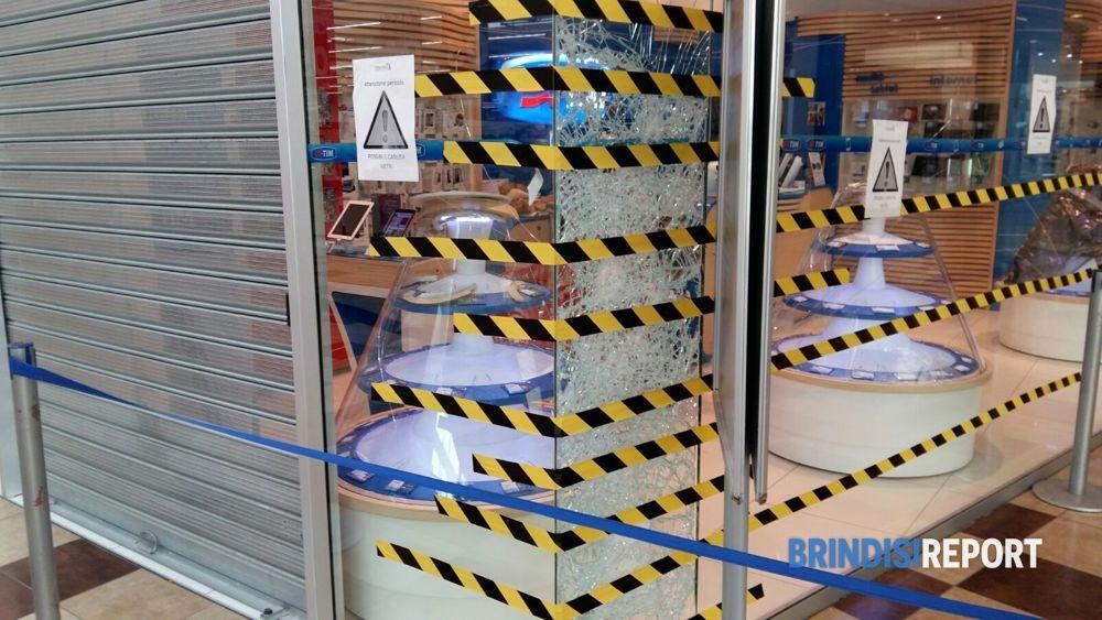 ipercoop taranto negozi galleria mall - photo#40
