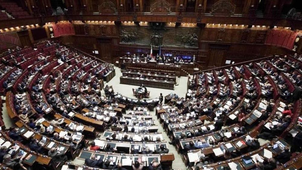 Legge elettorale e appalti politica italiana sempre pi for Camera deputati web